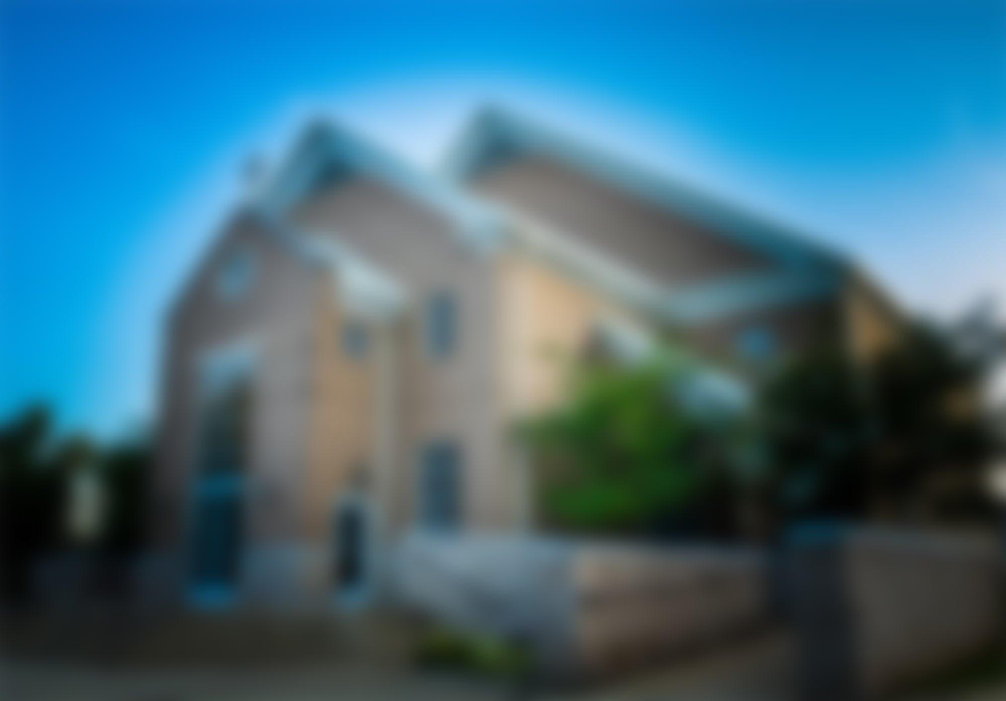 riverwood-front-blur.jpg